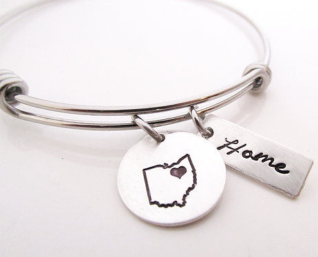 Home - Customized bracelet - hand stamped jewelry