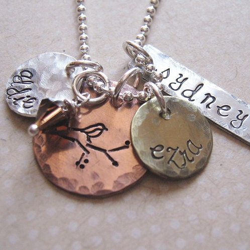 Personalized Necklace - Mamma bird charm necklace