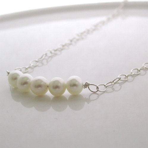 Layering Necklace - Row of pearls