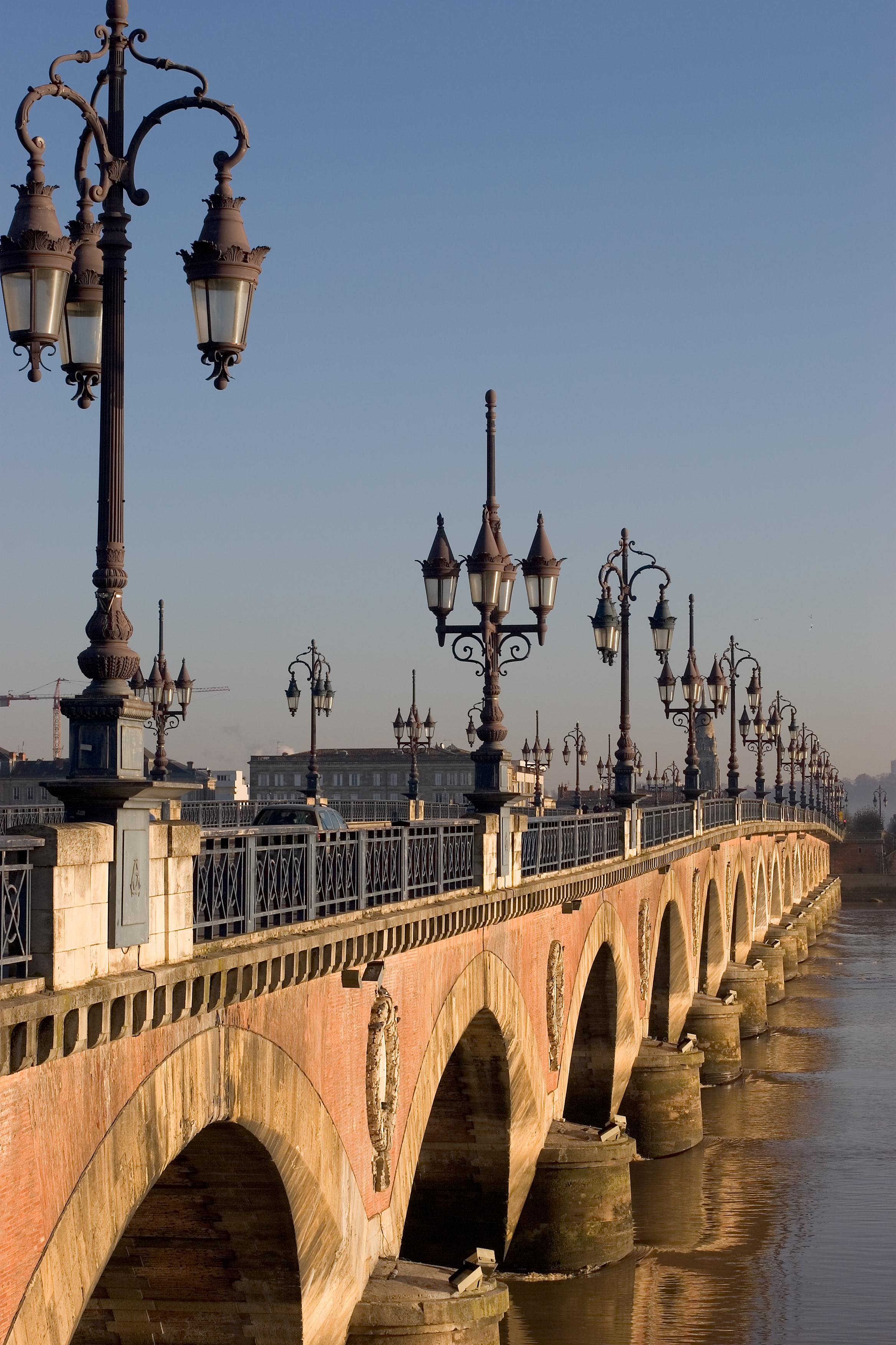 Bordeaux_Pont_de_Pierre