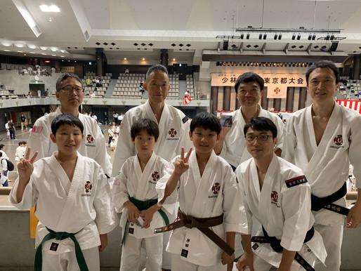 少林寺拳法東京都大会  親子の部で入賞しました