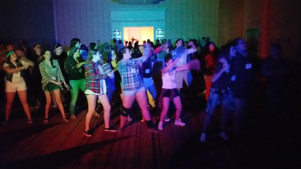 200 students rockin it
