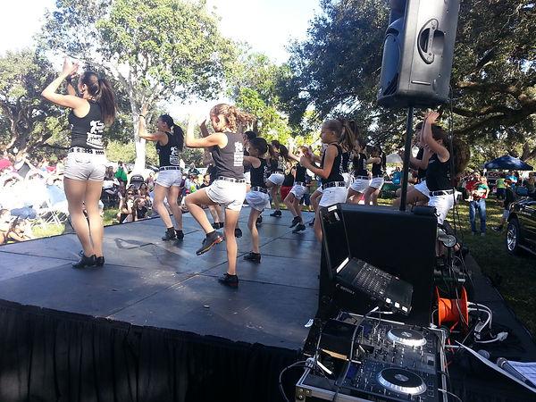 Teen girl line dancers