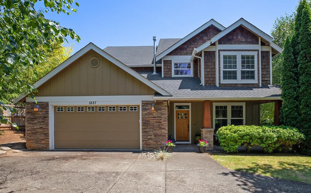 Image of premium real estate listing in Salem, Oregon.