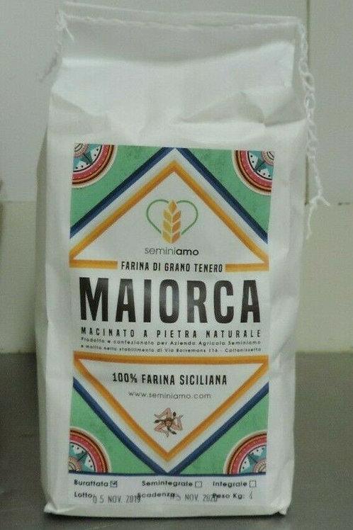 """farina di grano duro """" MAIORCA """" macinata a pietra 100 % Siciliana 1 kg"""