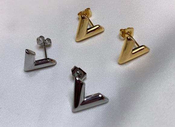 V Stud Earrings