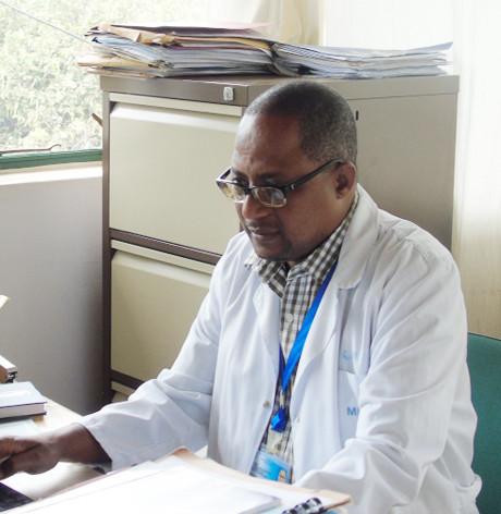 Dr Daudi MAVURA MD
