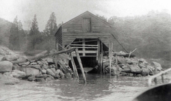 Boathouse, unpainted.png