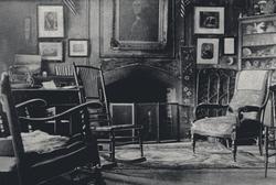 Revolutionary War Sitting Room (close-up).png