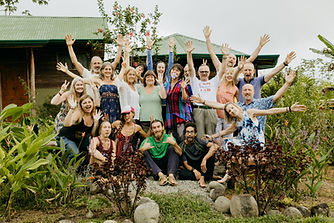 Ellen's Retreat-0340 group photo.jpg