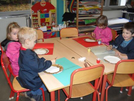 Nos petits de 2ème travaillent dans leur nouvelle classe.