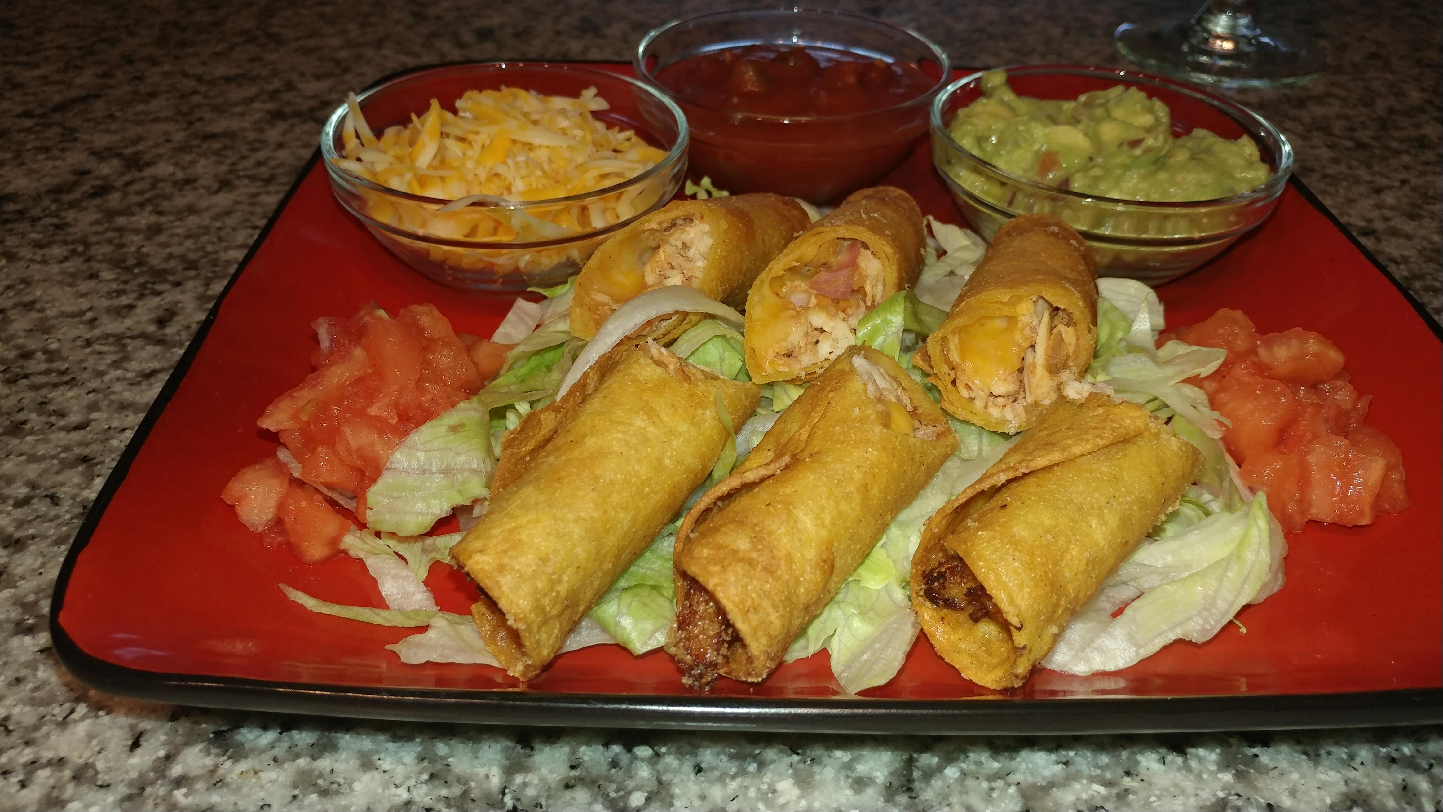 Chicken Taquitos Salsa & Guacamole