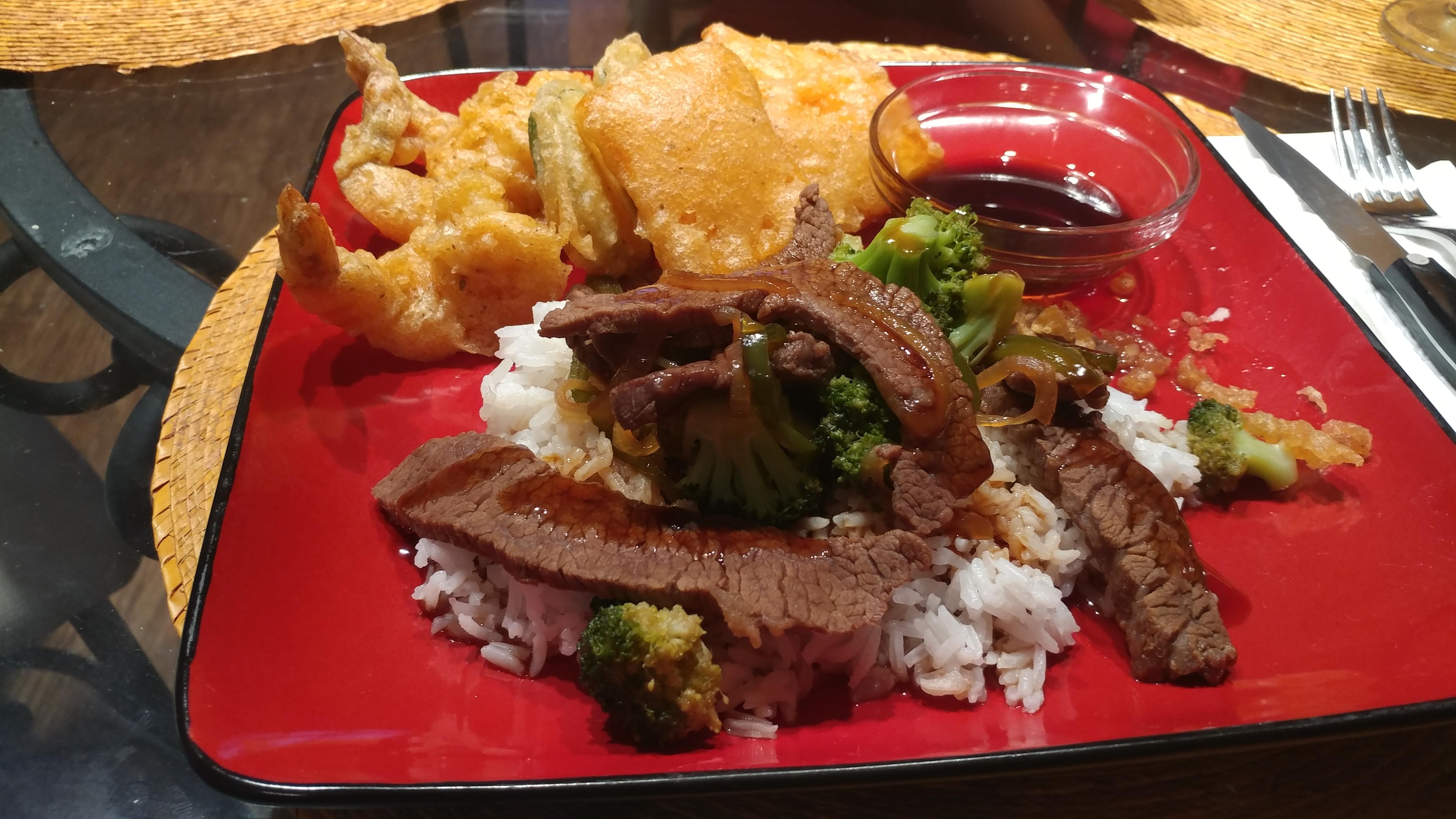Beef with Broccoli Tempura Shrimp & Vege