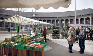 Wochenmarkt auf dem Tessinerplatz
