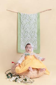 Girl-Liberty Hanbok
