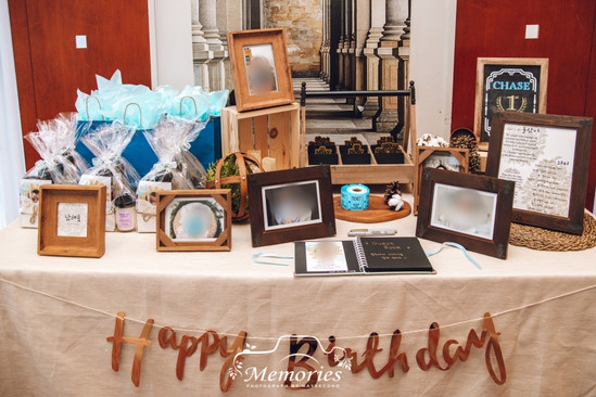 Photo table+Dol Ja Bi table