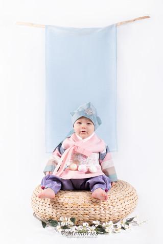 Pink Hanbok-Boy