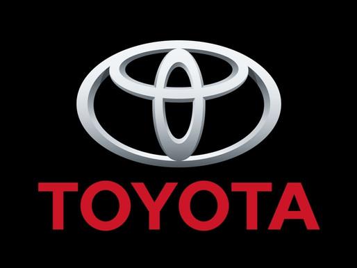 Toyota lance sa voiture à hydrogène.
