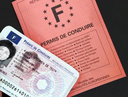 Renouvellement de permis de conduire payant !