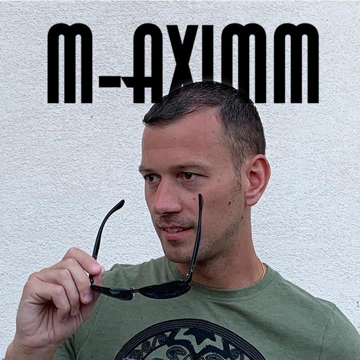 FULL OF GOLD met M-aximm / Sakso