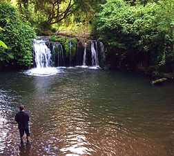 2 nights for 4 with 2 days fly fishing