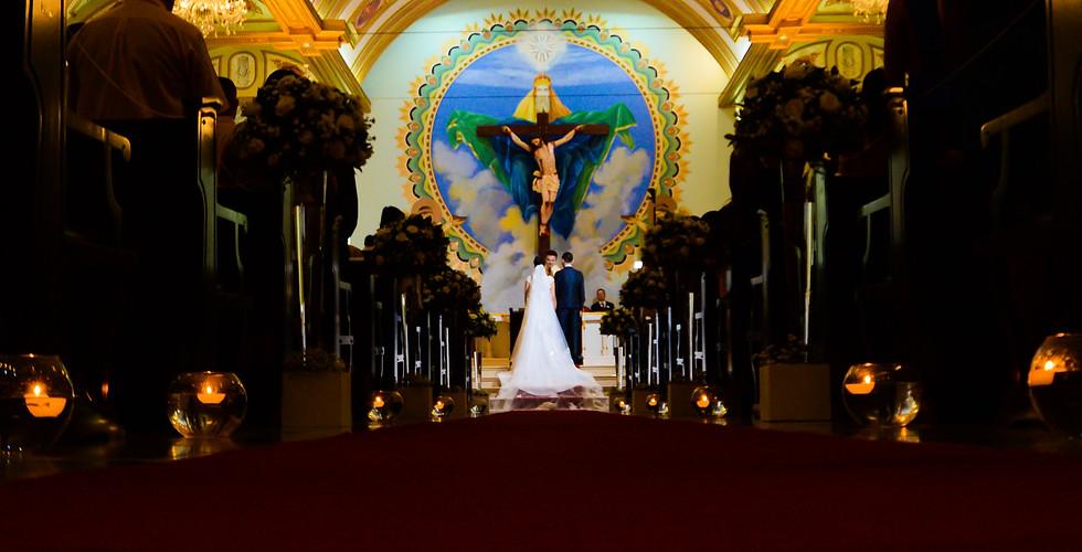 casamento foto da cerimonia altar da igreja