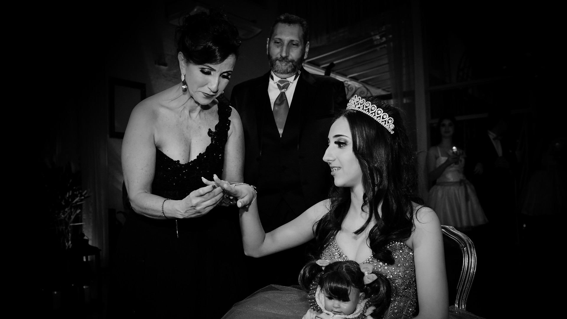 debutante recebendo anel