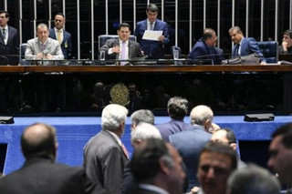 Senado derruba decreto das armas de Bolsonaro e decisão precisa ser confirmada pela Câmara