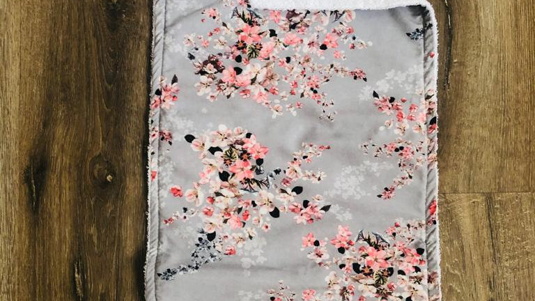 Flower Burping Cloth ( Select to see Flower range)