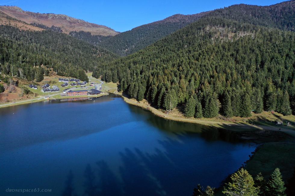 Vue aerienne du lac de Payolle par drone - Dronespace Laurent Courier