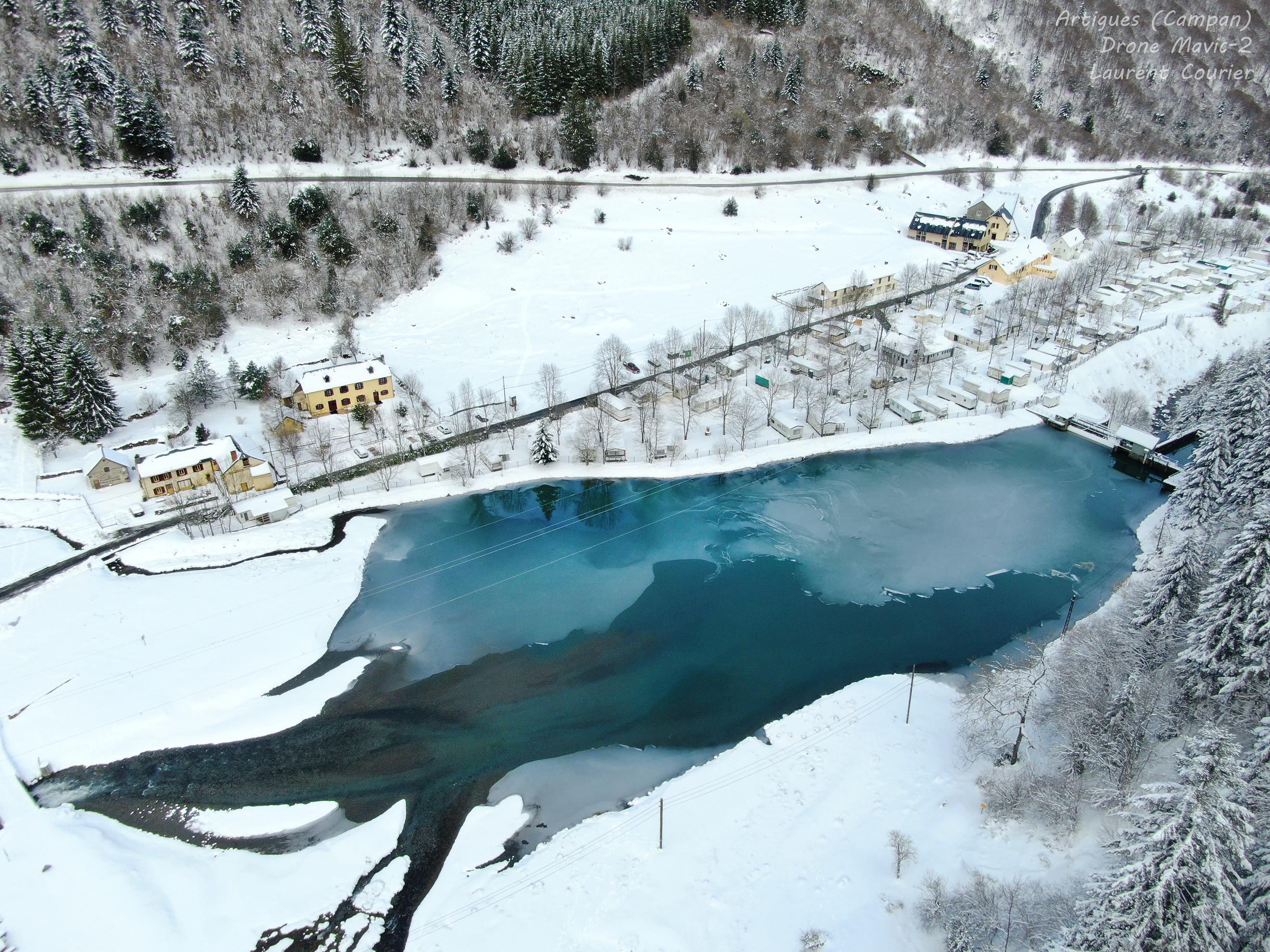 Vue lac d'Artigues - initiation au pilotage de drone avec dronespace