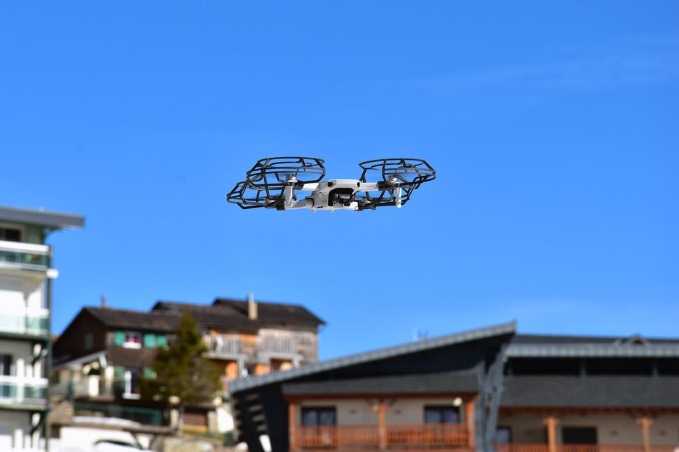 Activités publiques de drones à La Mongie