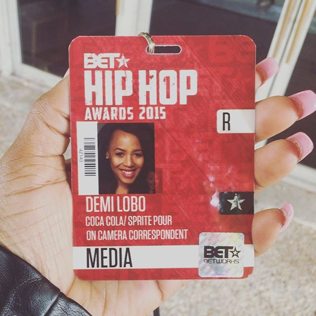 _____ TONIGHT______ find me on the Red Carpet interviewing the stars • taping the #BETHipHopAwards20