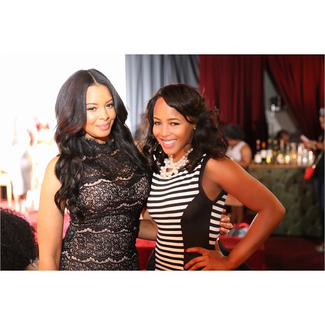 Just hosted _MadeMagazineUS' #GoGetIt Panel and met my sister _VanessaJSimmons and she agreed I look