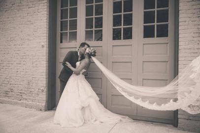 El Paso Wedding Passionate Kiss