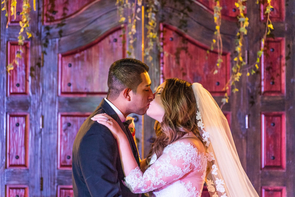 Los Portales First Kiss as Husband and Wife