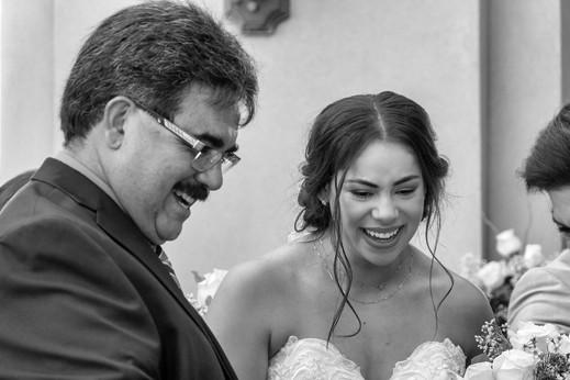 Benay Greeting El Paso Wedding Guests