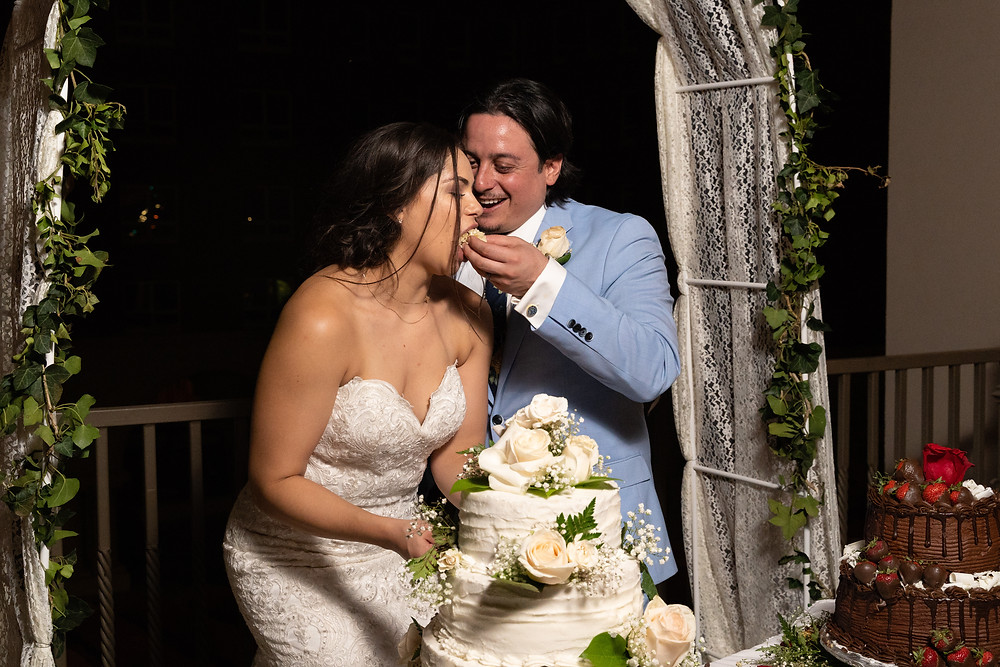 Alcantar Sky Garden Wedding Cake Cutting