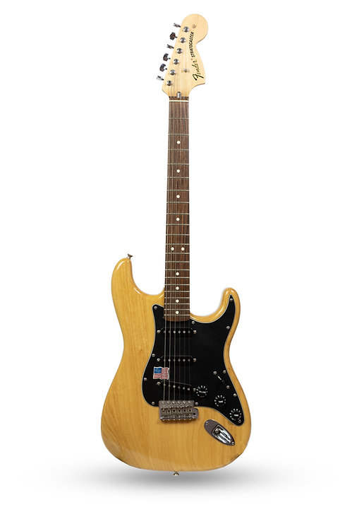 New Fender American Vintage 70's Stratocaster Natural