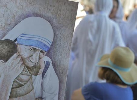 Às vésperas da memória litúrgica de Madre Teresa de Calcutá