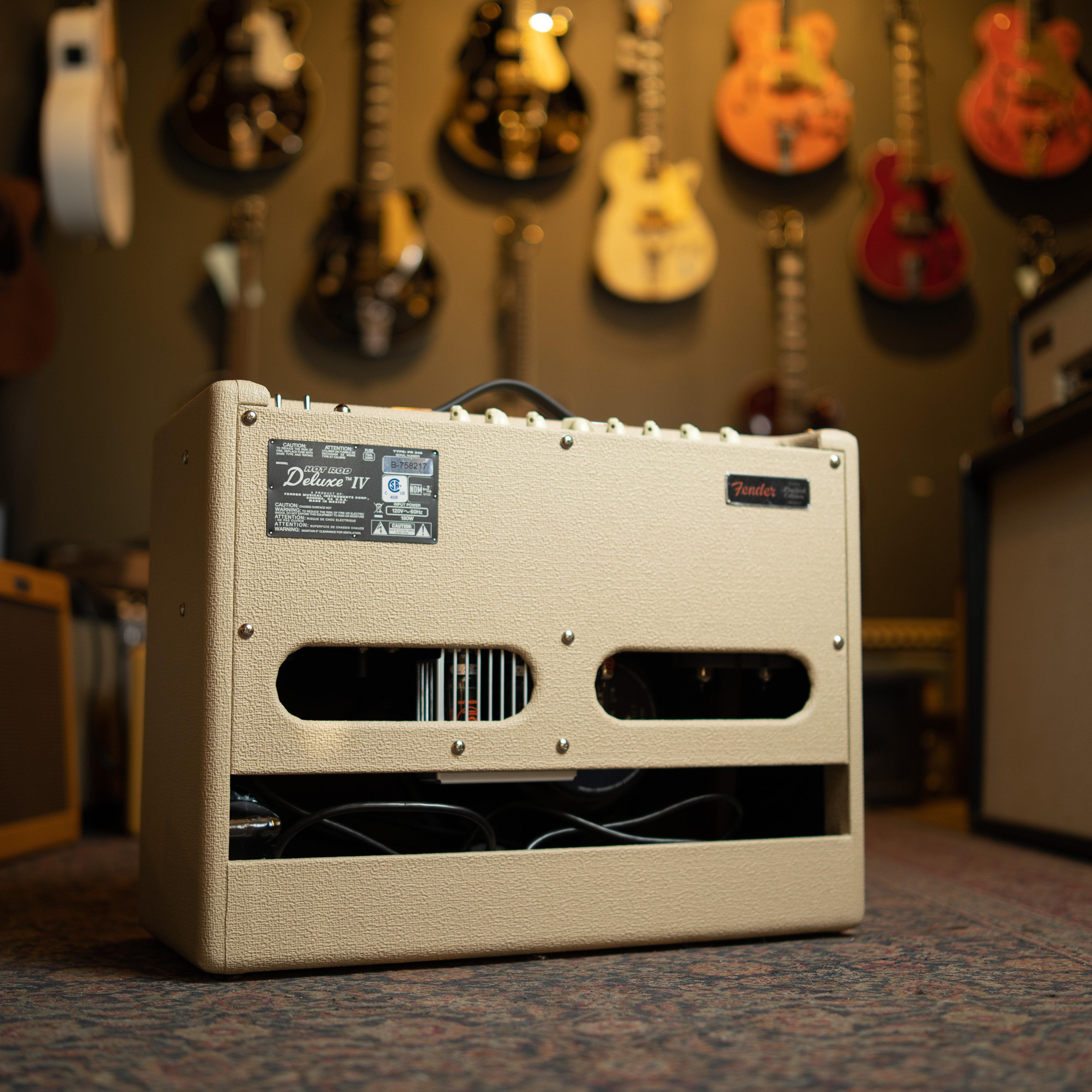 New 2018 Fender Hot Rod Deluxe IV Cannabis Rex Blonde Oxblood |  cavintageguitar