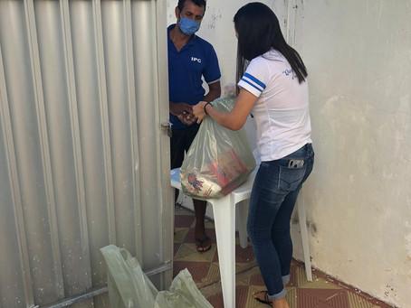Projeto Madre Teresa realiza entrega da segunda remessa de cestas básicas