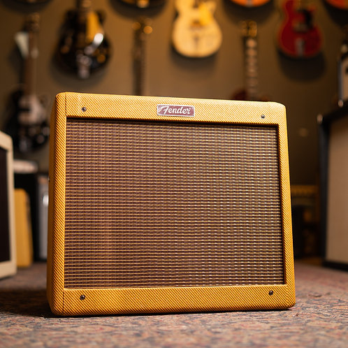New Fender Blues Junior Lacquered Tweed