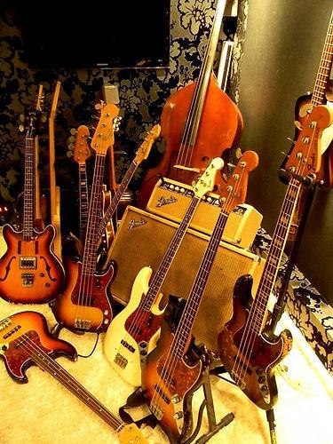 _Fender goes Vintage...._.jpg