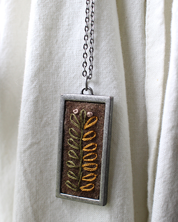 Leafy Rectangle Necklace