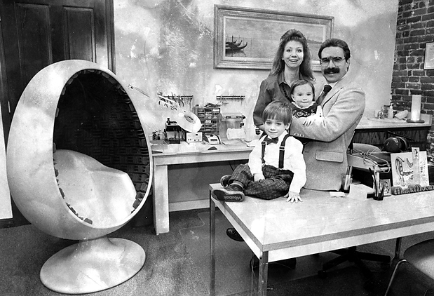 Old-Family-Business-Photo-Gray.png