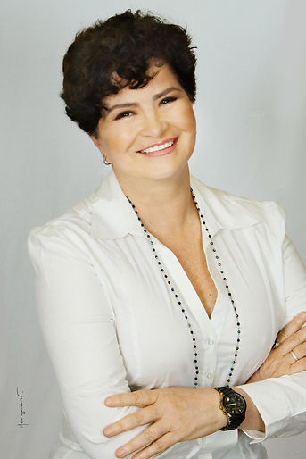 Elaine 2018.jpg
