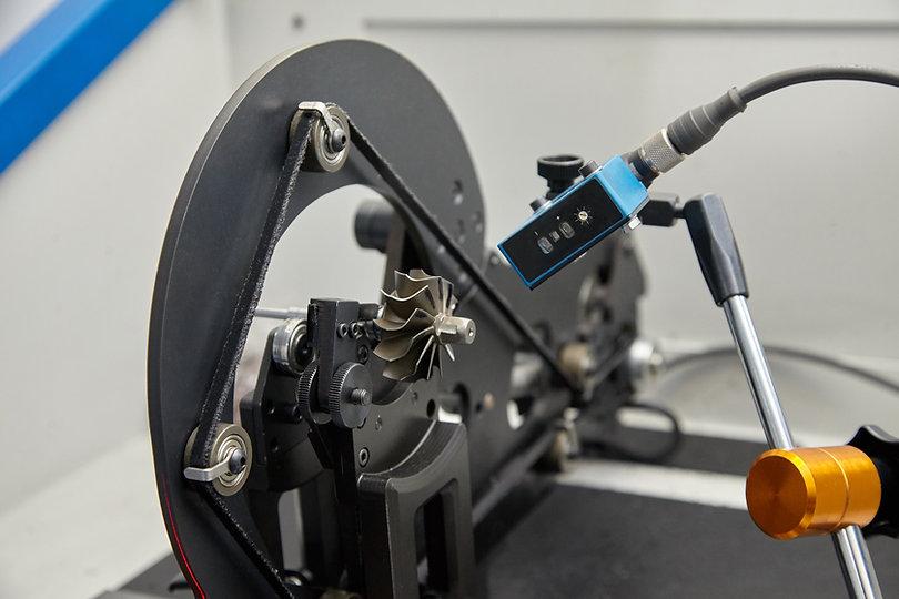 turbo-balancing-machine.jpg