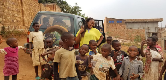 Children of Province Ngozi with our Member, Celeste