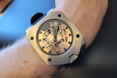ACR-100 Watch